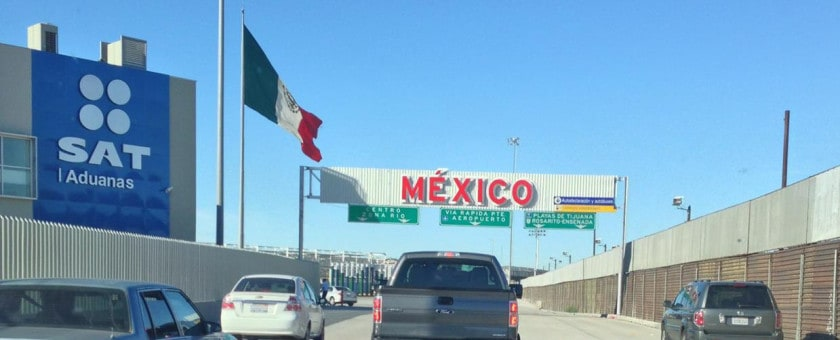 entering-mexican-customs1